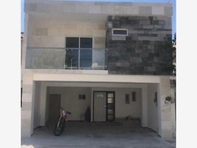 Casa en Renta en  Fracc. Palma Real