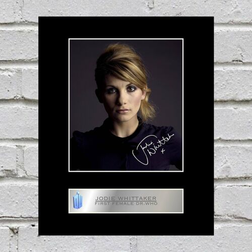 Who Jodie Whittaker Signed Mounted Photo Display Dr