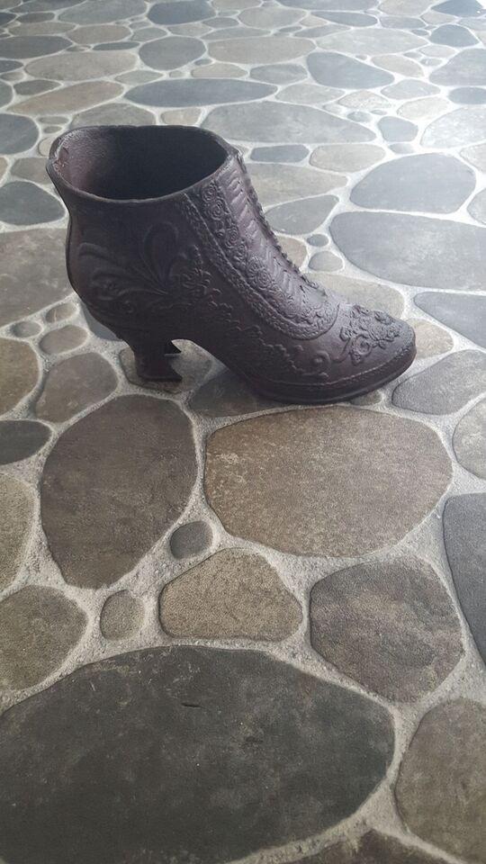 Metal sko