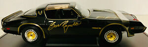 Burt-Reynolds-Signed-Smokey-and-the-Bandit-Die-Cast-Car-1-18-PSA-Imperfect
