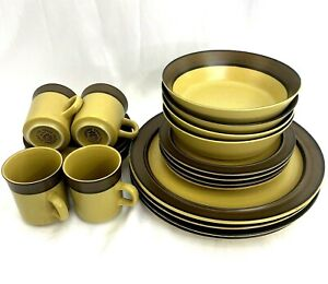 VINTAGE Carriage House 20-Piece Stoneware Dinnerware Set (Service for 4)