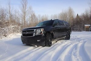 2015 Chev Suburban - Loaded