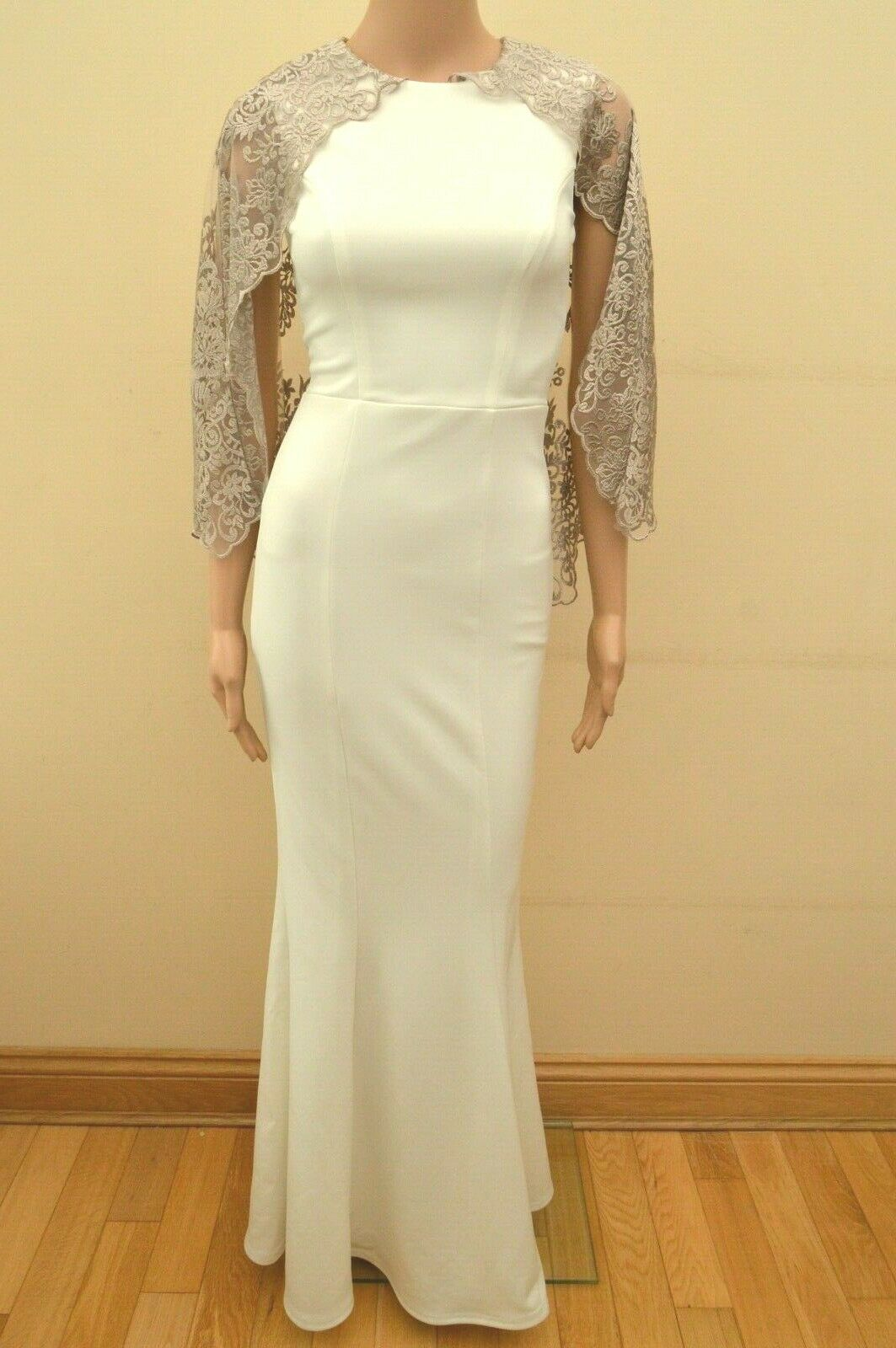 New LIPSY EXCLUSIVE Ivory Weiß Gorgie Cape Maxi Dress Sz UK 6