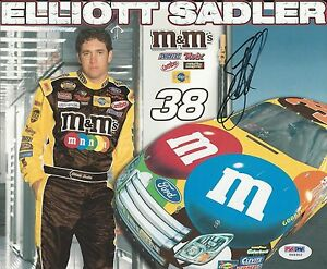Elliott Sadler Signed 8x10 - PSA/DNA # Y09302