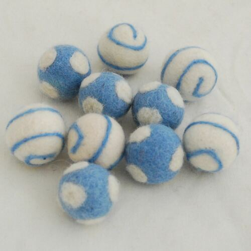 10 bolas de fieltro de Remolino//Lunares 2.5cm 100/% Lana Fieltro Bolas Azul Francia