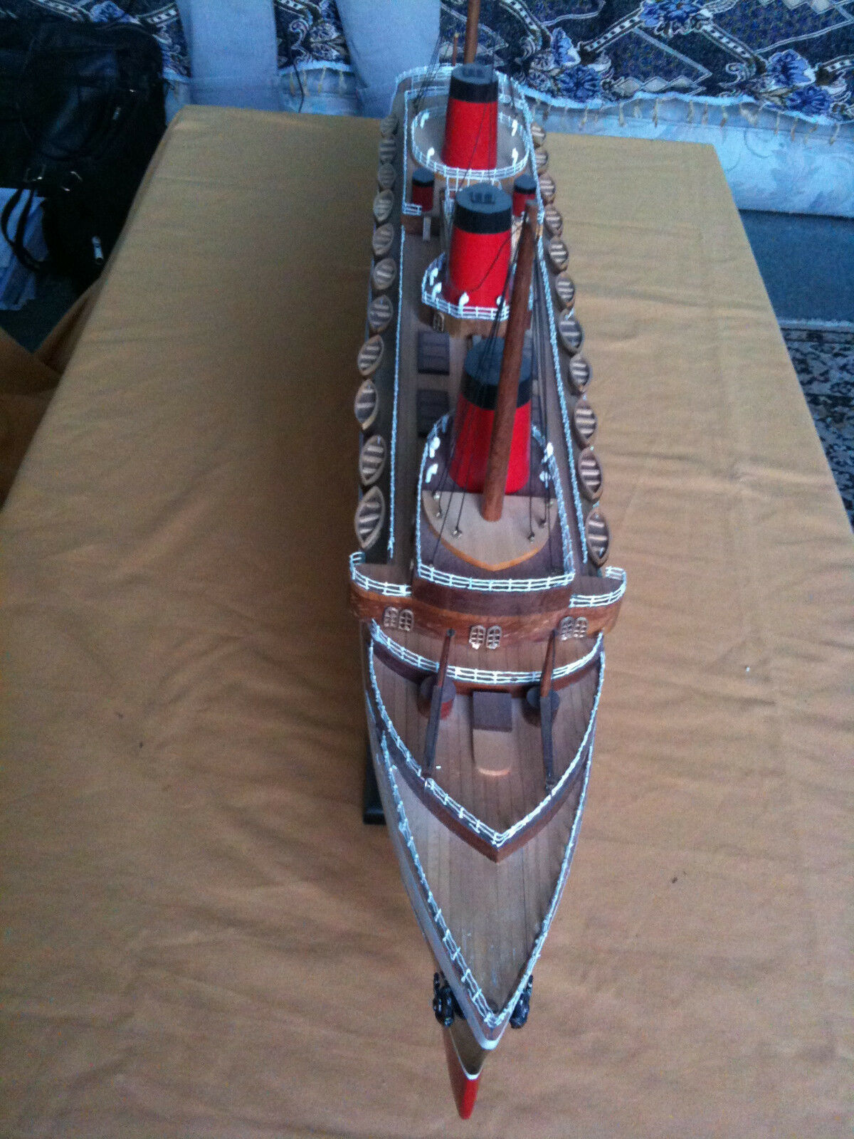 BRAND NEW 32 inch FULL SCALE MODEL IN WOOD, HAND BUILT SHIP THE NORMANDY BOXED