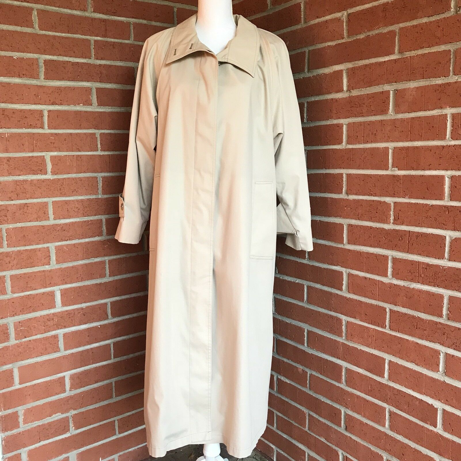 LONDON FOG Womens Beige Trench Coat Overcoat Lining Size 10 Petite