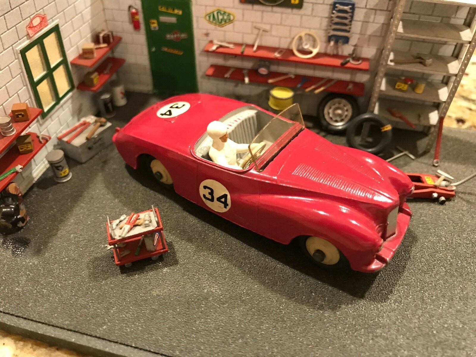 Vintage Dinky Toys / MIB / Sunbeam Alpine Sports / No. 107
