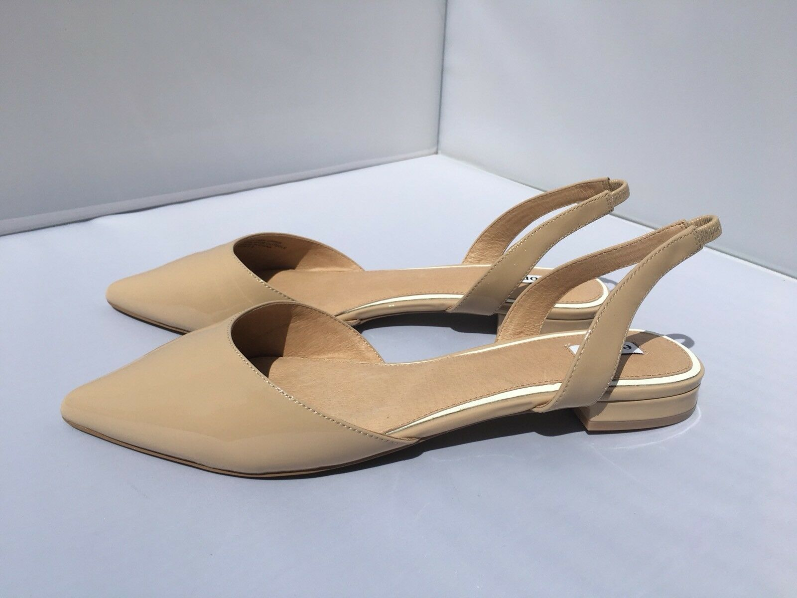 Elorie Pointed-toe Slingback Flats Nude Patent Leder Größe 9.5 to 10 New in Box