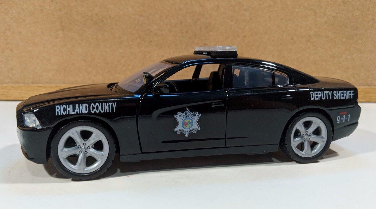 Condado de Richland SC Sheriff Personalizado 1 24 Escala Motormax Dodge Cochegador