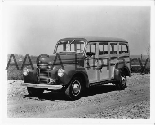 1941 International Harvester K5 Station Wagon, Wood, Factory Photo (Ref. #48435)