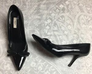 06a23c6bb9 $550 PRADA Black PATENT LEATHER BOW POINTY TOE PUMPS SHOE ITALY 39.5 ...