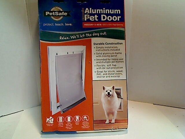 PETSAFE ALUMINUM PET DOOR FOR MEDIUM DOGS 1-40 LBS 8 1 4X 12 1 4in. PPA00-10860