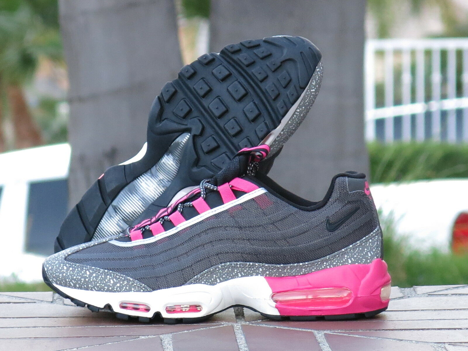 Nike Air Max 95 Premium Men's Running, Cross Training Shoes 599425-006 SZ 11.5