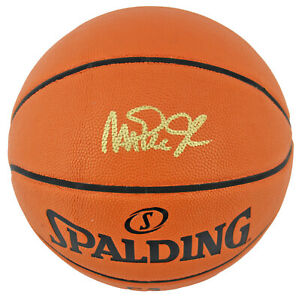 Lakers Magic Johnson Signed Spalding Basketball w/ Gold Signature BAS Witnessed