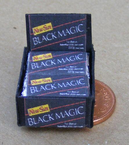SCALA 1:12 scatola di magia nera i pacchetti di cioccolato tumdee casa delle bambole Sweet Shop
