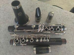 Vintage McIntyre Artiste System Bb Clarinet wood