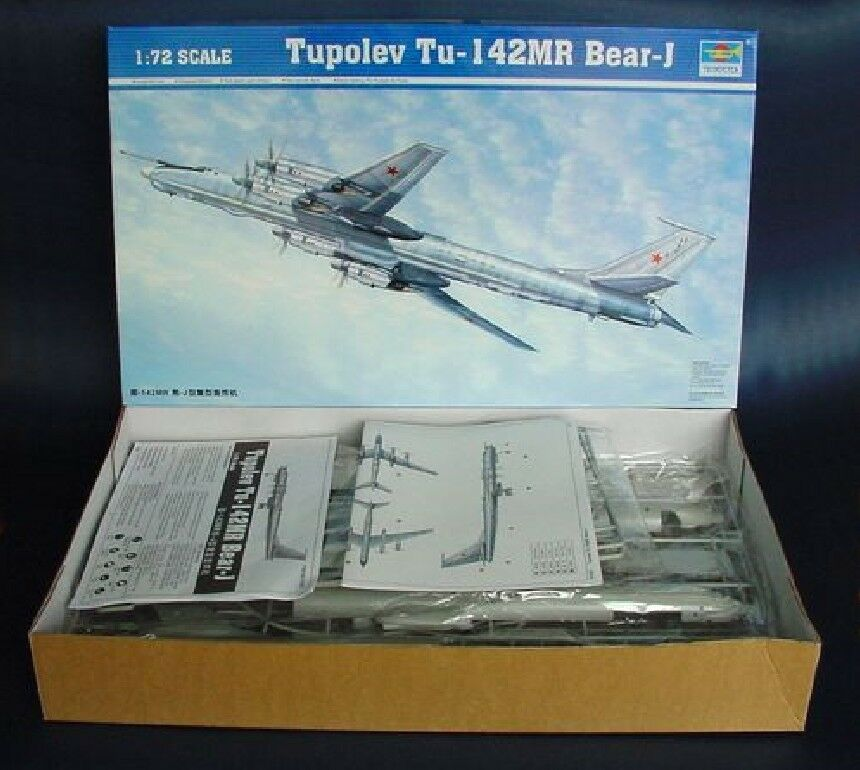Trumpeter 1 72 01609 Tupolev Tu-142MR Bear- J