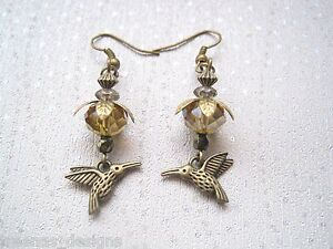 colibri-fleur-orange-Nectar-drop-Antique-Or-boucles-d-039-oreilles-oiseau-style-vintage