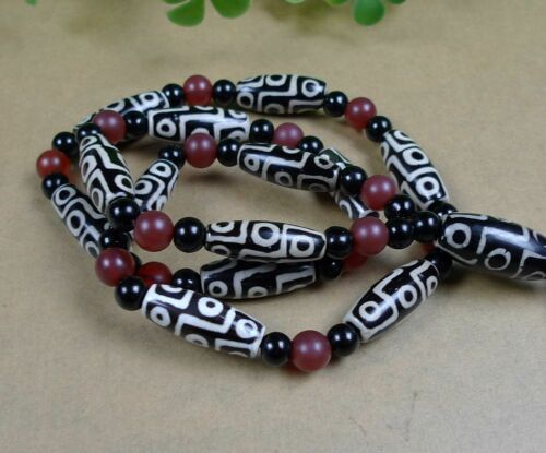 Tibetan prayer worry dzi bead agate//Unique 3 eyes necklace dzi tibet