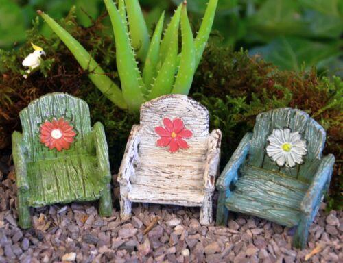 Miniature Fairy Garden Chair Dollhouse Furniture White Green Blue with Daisy