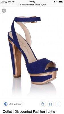 Little Mistress * NUEVO * Talla 4 Azul Y Oro Adorno Tacón Zapatos