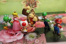 6 pc Set Super Mario Bros Yoshi Luigi Toad  Action Figures + Lovely Plastic Case