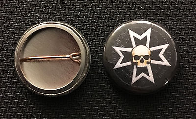 """Space Marines Buy 2 Get 1 Free Warhammer 40k Space Wolves 1/"""" pin button"""
