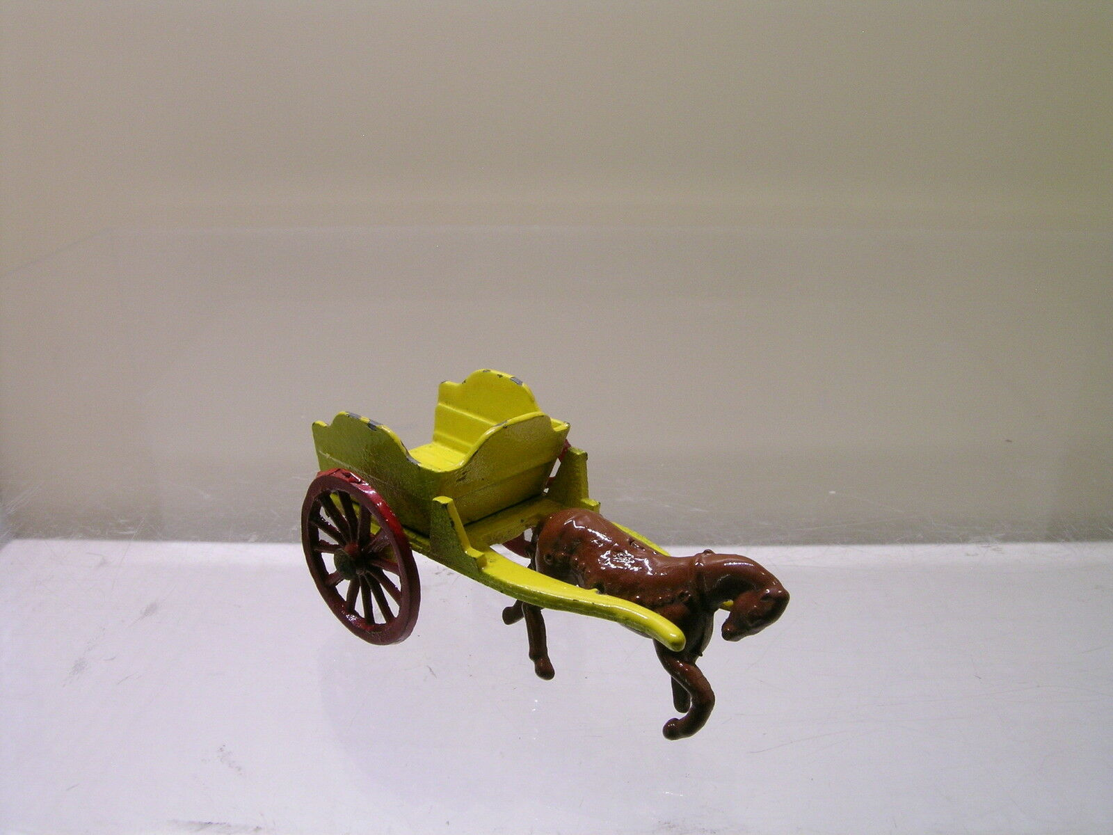 BENBROS No.6 1954 4 HORSE DRAWN MILK CART YELLOW RED BROWN SCALE 1 60
