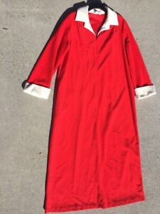 SALE-Vintage-Unique-VANITY-FAIR-House-Coat-Robe-Gown-BRIGHT-RED-Womens-Sz-M