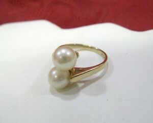 14K-YELLOW-GOLD-TWO-FRESHWATER-PEARLS-LADIES-RING-SIZE-5