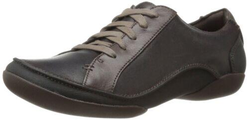 Women/'s Clarks Artisan Flat Comfortable Shoe Felicia Alice Dark Brown 26102673