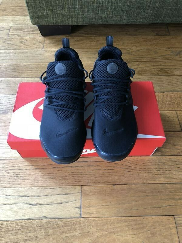 Nike Air Presto • 9-10 (S) • Black • Brand New • 305919 009