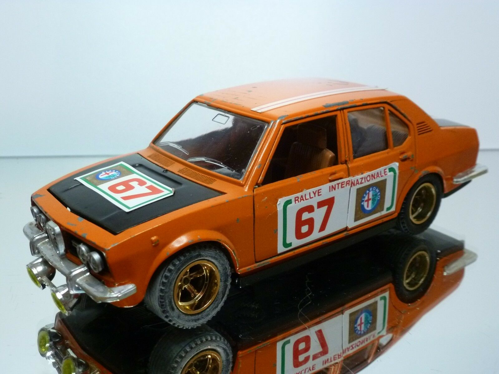 MEBETOYS 8584 ALFA ROMEO ALFETTA RALLYE  67 - Orange 1 25 RARE - NICE CONDITION