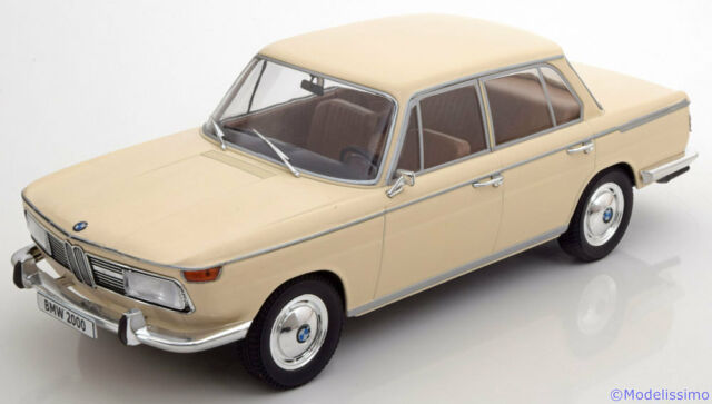 1:18 Model Car Group BMW 2000 tilux  Type 120 1966 creme