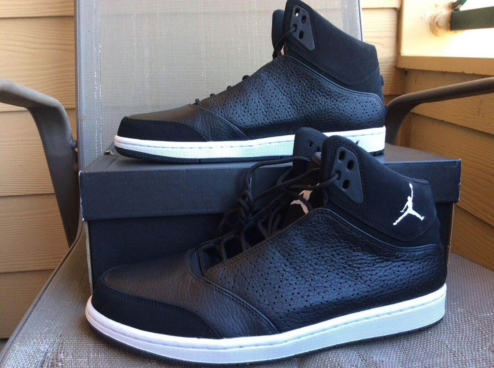 NEW MENS NIKE JORDAN 1 FLIGHT 5 PREM BASKETBALL SHOES BLACK WHITE 881434 Sz 10.5