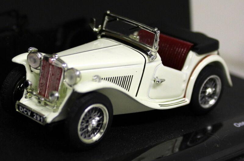 Vitesse 1 43 Scale - 29102 MG TC Roadster Cream - die-cast model car