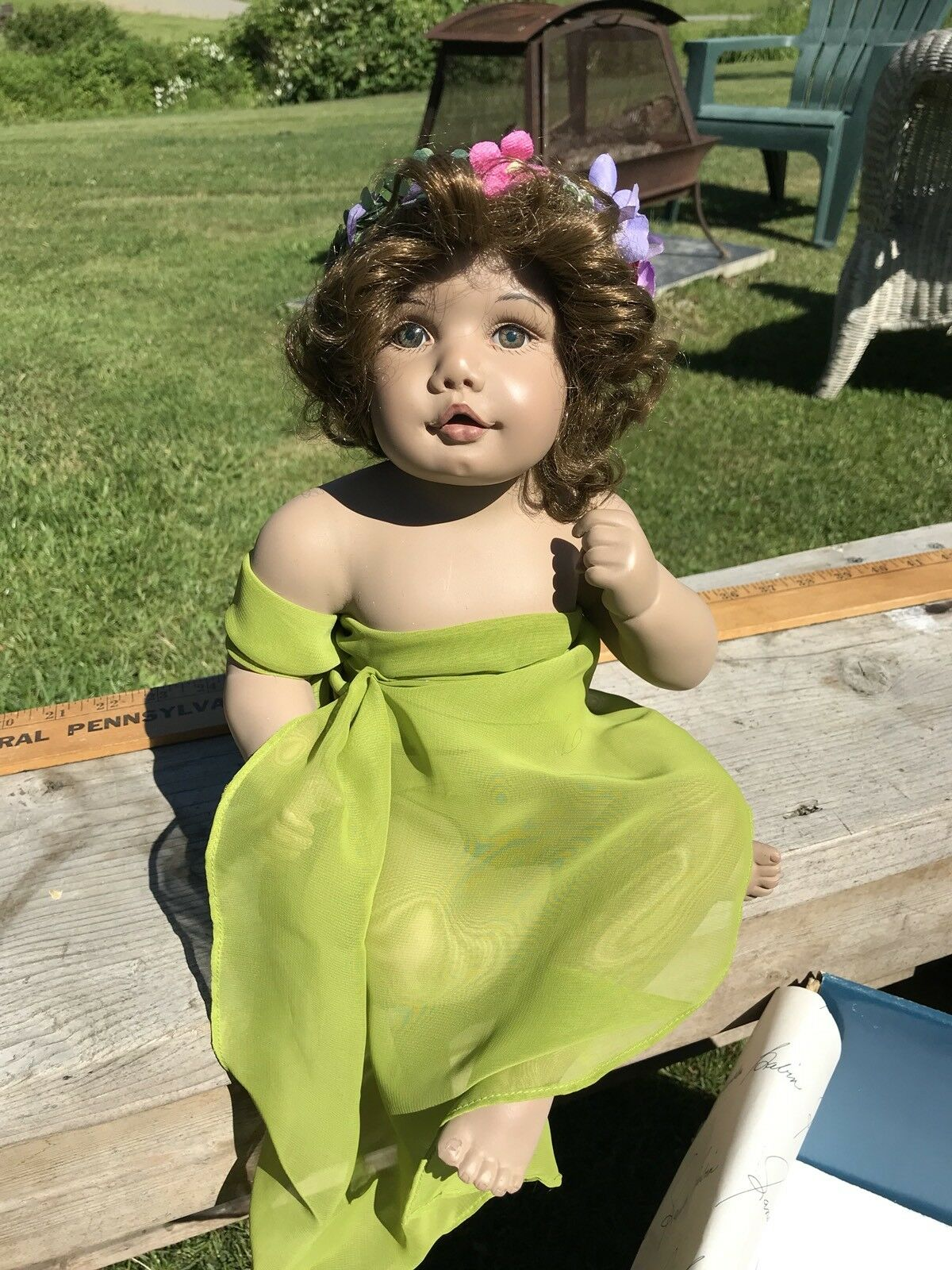 Stunning Pansy By Sandra Babin Masterpiece Gallery Doll In verde, LE 69/1000
