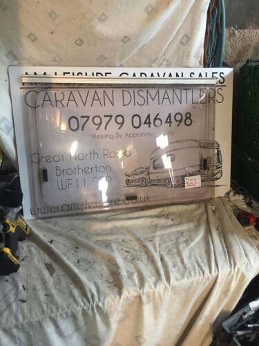 CARAVAN//MOTORHOME SWIFT//STERLING  SIDE  WINDOW