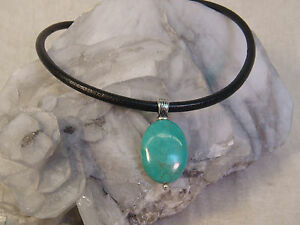 TURQUOISE-STERLING-NECKLACE-PENDANT-LEATHER-SIGNED-SILVER-925