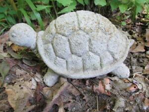 Vintage-9-1-2-034-Cement-Turtle-Garden-Art-Concrete-Statue-Weathered-with-Lichen