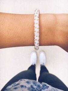 Gold White /& Clear Bead Bracelet