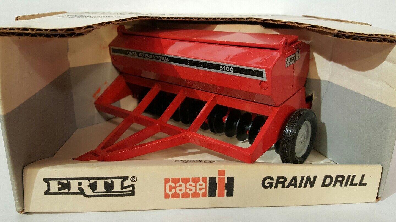 Ertl Case IH Grain Drill 1/16 diecast farm implement replica collectible