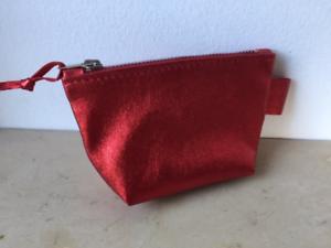 Porte-monnaie-034-DISCO-034-en-cuir-rouge-paillete