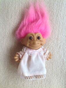 """Agressif Vintage Troll Doll Russ Berrie 5"""" Cheveux Roses Avec Autocollant-rare!!!-afficher Le Titre D'origine Prix Raisonnable"""