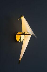 Gran pájaro lámpara de pared muro loro lámpara en oros con tecnología LED.h66x34 cm  </span>