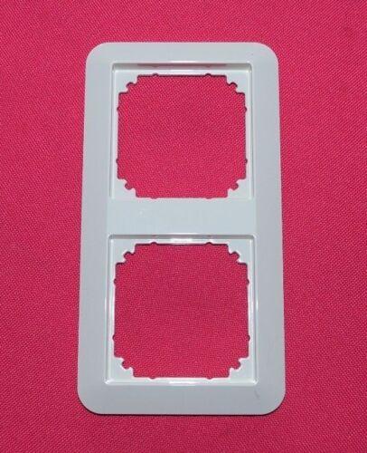 Merten System M Rahmen 2-fach 1-M 389244 cremeweiß (702)
