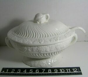 White Ceramic Tureen Lid Ladle Grape Pattern California Pottery? Grapevine