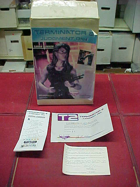 Terminator 2   SARAH CONNOR   Classic plastic   RESIN MODEL KIT - VERY RARE