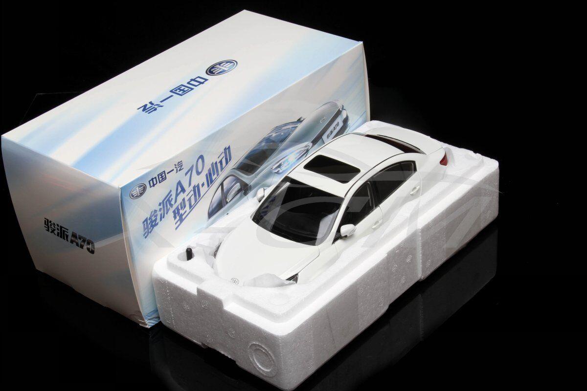 Diecast Car Model Yiqi Junpai A70 1 18 (White) + GIFT